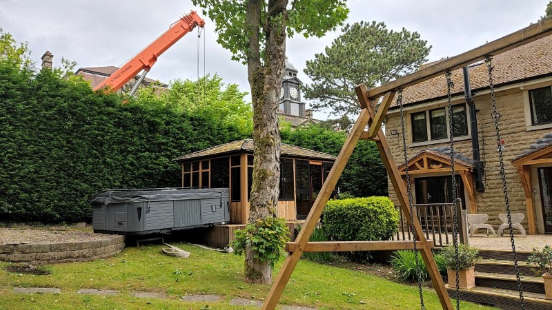 Hot Tub Move – West Yorkshire – Move of a large hot tub with a crane