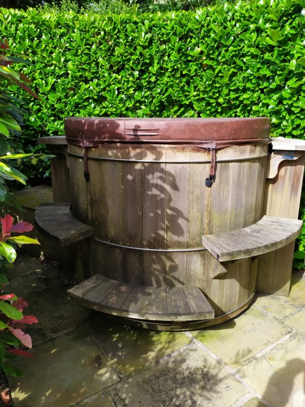 Hot Tub Transport – Wooden Hot Tub – West Yorkshire to Staffordshire