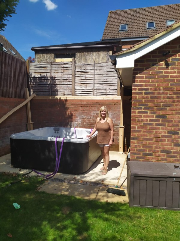 Debra with her hot tub - The Hot Tub Mover